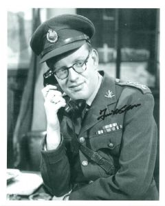 FRANK WILLIAMS DAD'S ARMY 8 B10 ORGINAL SIGNED AUTOGRAPH 8428